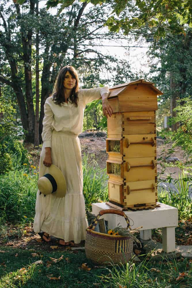 Natural Beekeeping and Honey Bee Folklore ft. Ariella Daly 1