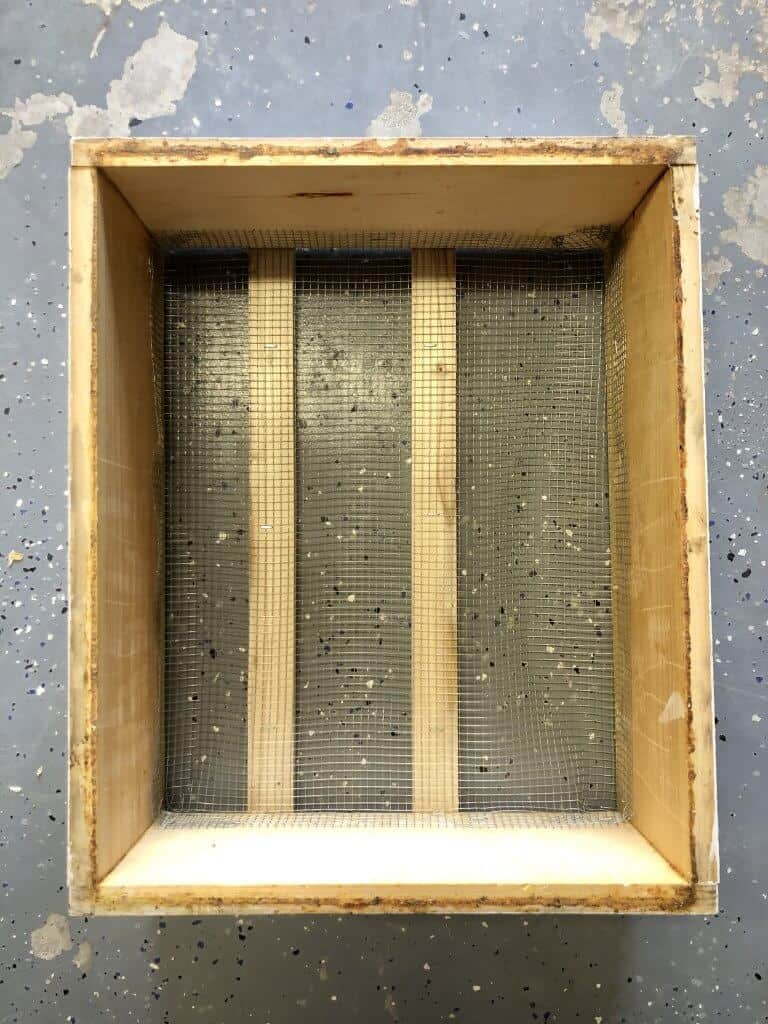 DIY Bee Hive Green Roof 20