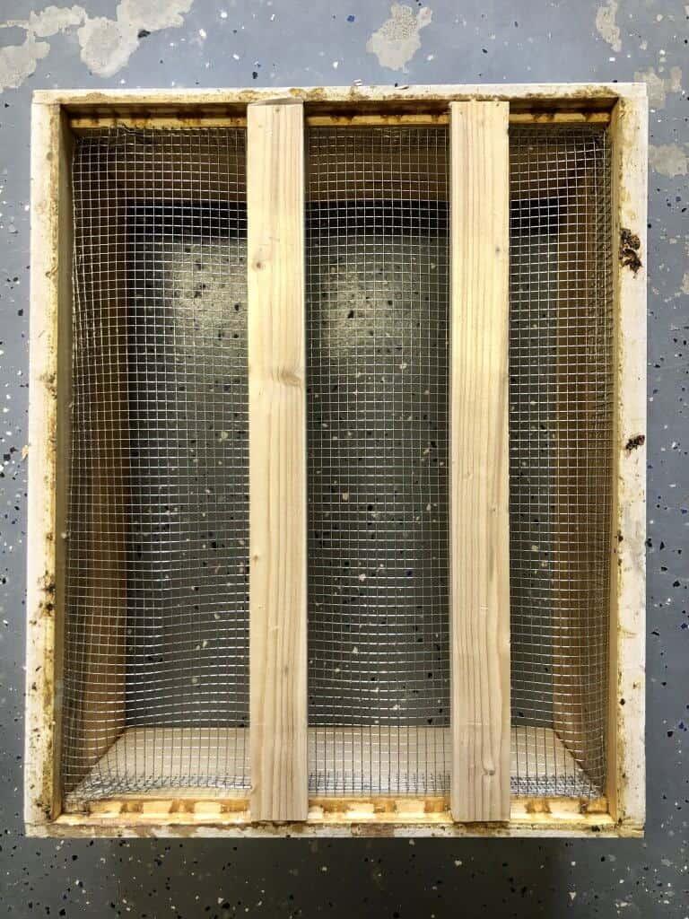DIY Bee Hive Green Roof 16